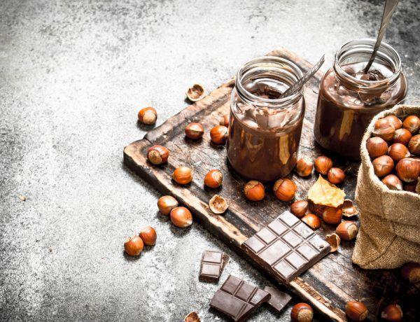 crema keto de cacao y avellanas
